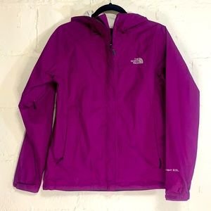 North Face Purple HyVent 2.5L Hooded Nylon Shell